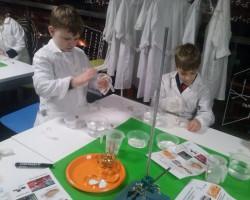 W laboratorium Świętego Mikołaja