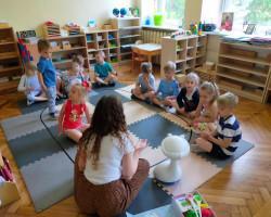 Emys w odwiedzinach u naszych przedszkolaków