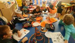 Halloween na języku angielskim i zajęciach CLILa w oddziale przedszkolnym 0a i klasie 1c